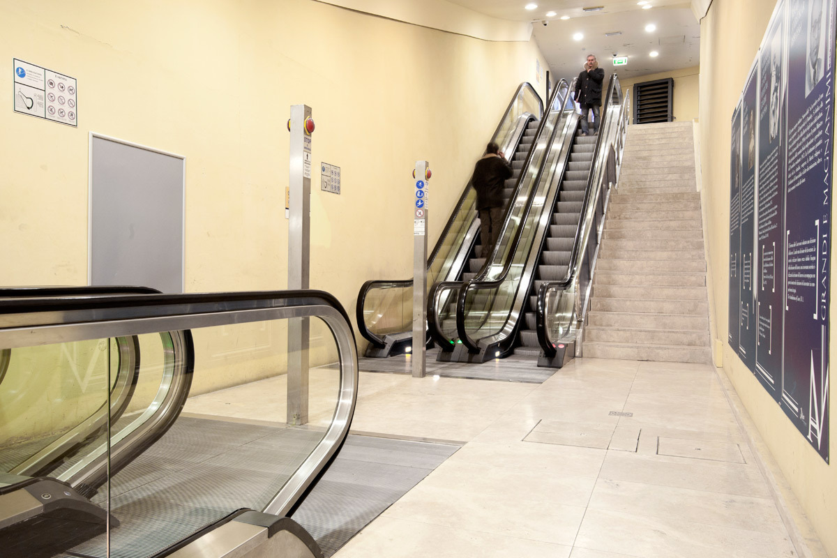 """Santa Caterina"" escalator – western docking Area"