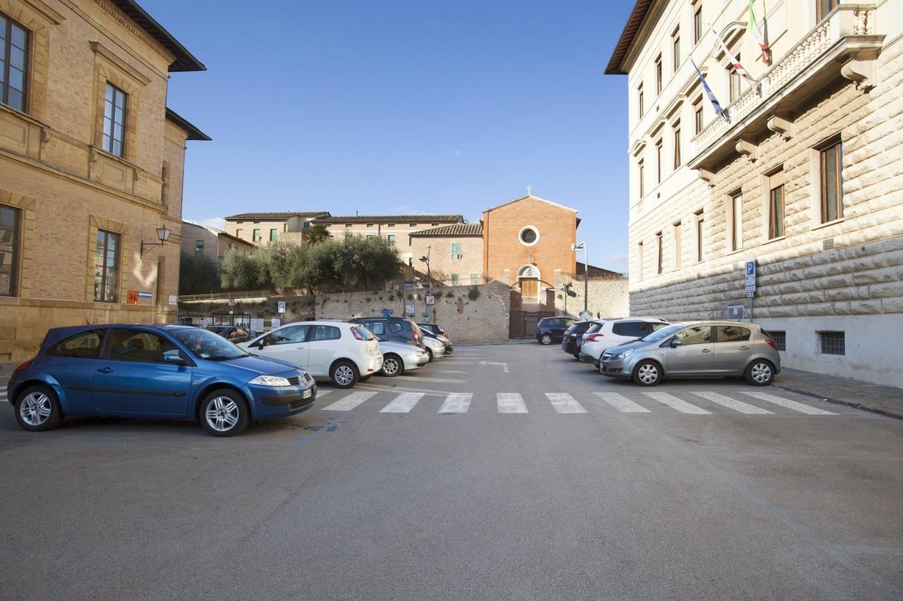 """""""Via Bastianini"""" and """"Via Mascagni"""" Car Park"""