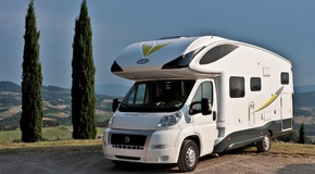 Camper Van: two equipped parking area to visit Siena